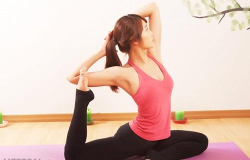 Tập Yoga săn chắc cơ thể với 11 động tác tại nhà