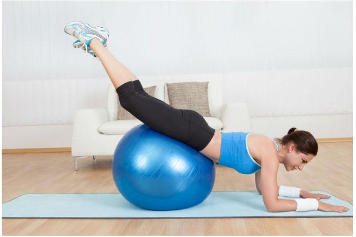 Tăng cân hiệu quả với bóng tập thể dục