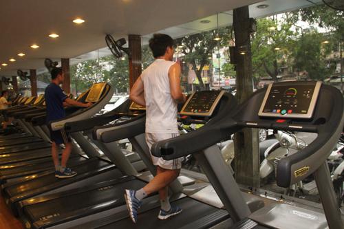 Tập thể dục tại nhà với máy chạy bộ có hiệu quả không
